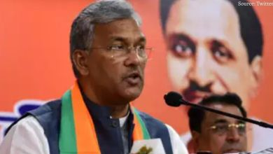 Trivendra Singh Rawat arrives in Dehradun from Delhi, may resign from the CM post in a while