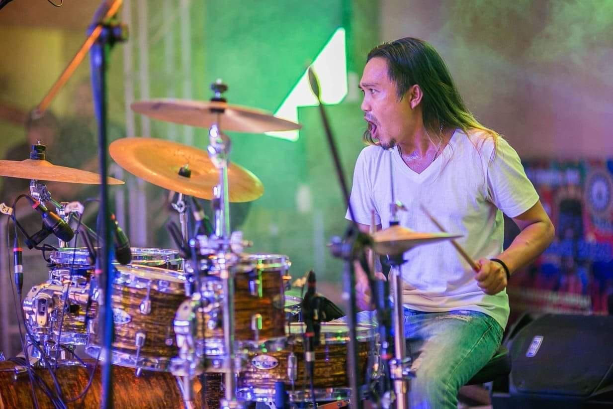 Diob, the drummer has made his every beating of the drums captivate his audience's heart.