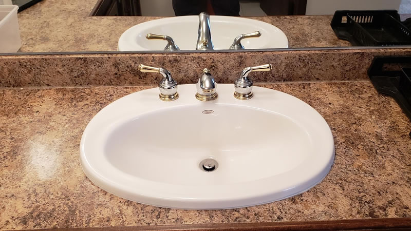 faucet repair and replacement service