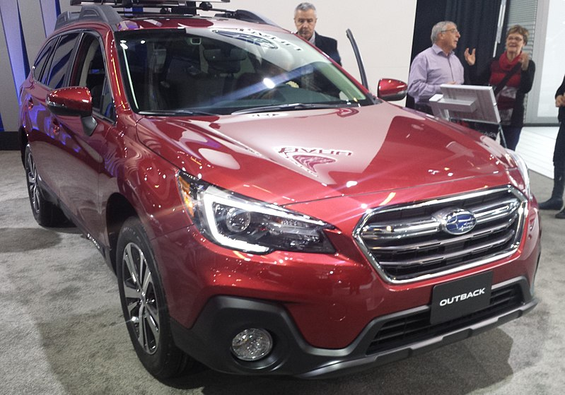 subaru outbook family car