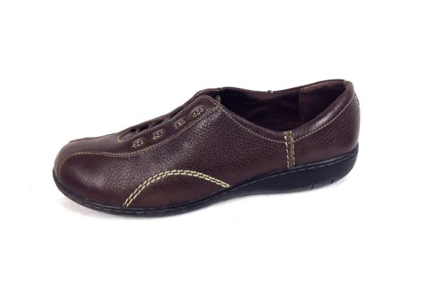Clarks Shoes 10 Womens Brown Leather Oxfords For Sale ...