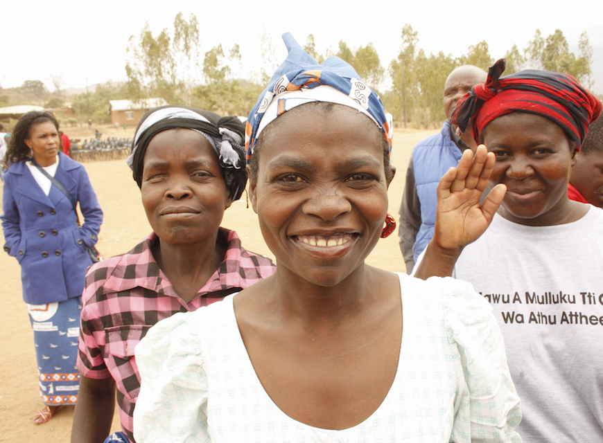 Los hablantes de elhomwe de todas las edades y procedencias estuvieron involucrados en la traducción del Nuevo Testamento. (Foto por Katri Saarela, Unión Parroquial Luterana de Helsinki)