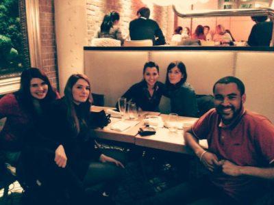 Miembros del equipo de United Explanations de reunión en Madrid
