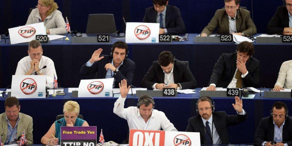 El Parlamento Europeo respaldó la firma del TTIP con el apoyo dividido de los socialdemócratas. Imagen: