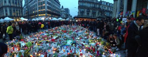 Memorial del atentado de Bruselas [Foto: Ashley Bayles vía Flickr]