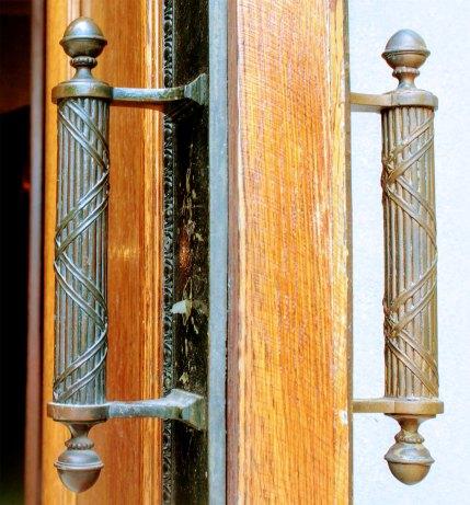 IMG_4088_door-handles_1900