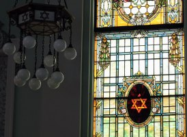 IMG_4145_stained-glass_2500