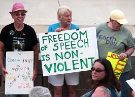 IMG_4621_freedom-of-speech_2500