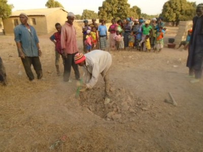 Lancement travaux puits Tiecoumala 1 (16)