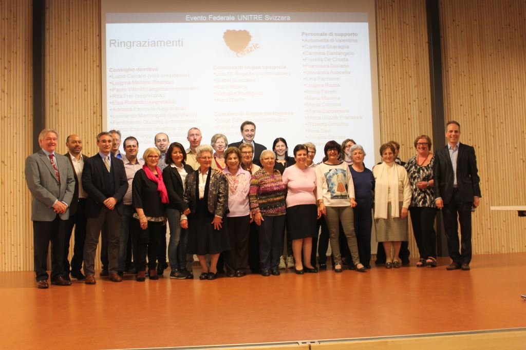 Roberto Giacobbo con gli organizzatori
