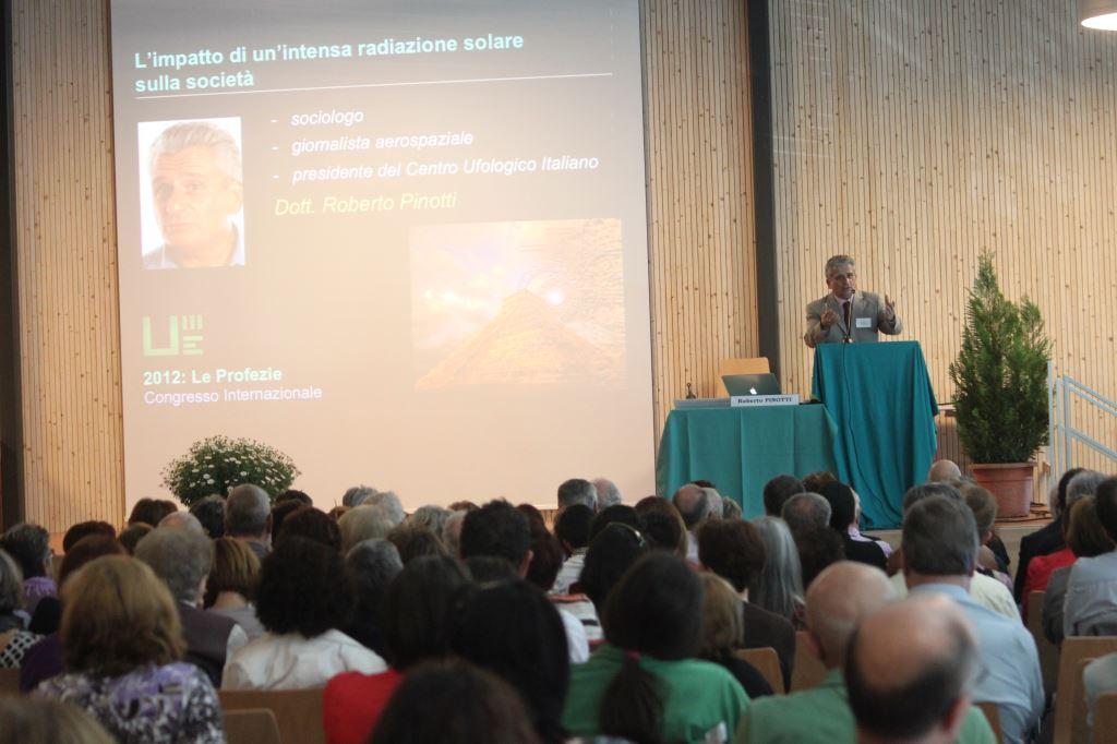 Roberto Pinotti (Congresso Profezie 2012) - UNITRE Lucerna