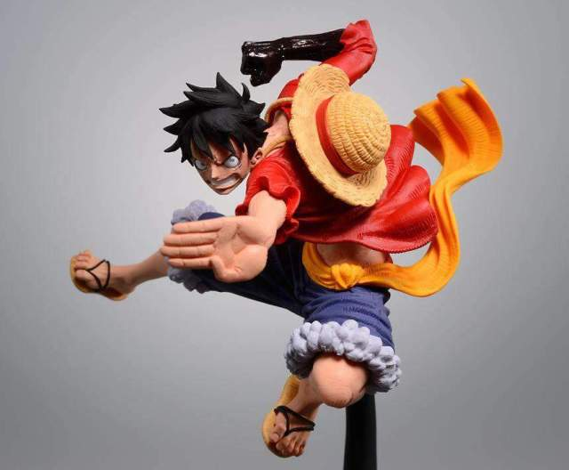 Figurine One Piece Luffy Attack