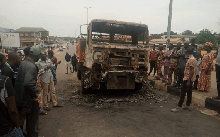 8B4A676A-5D8C-448D-8A19-F09CB16AF921 Two tipper drivers clash over death of two persons in ondo