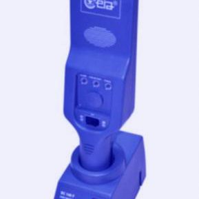 PD140-Enhanced-Hand-Held-Metal-Detector-e1532608381398-frozen