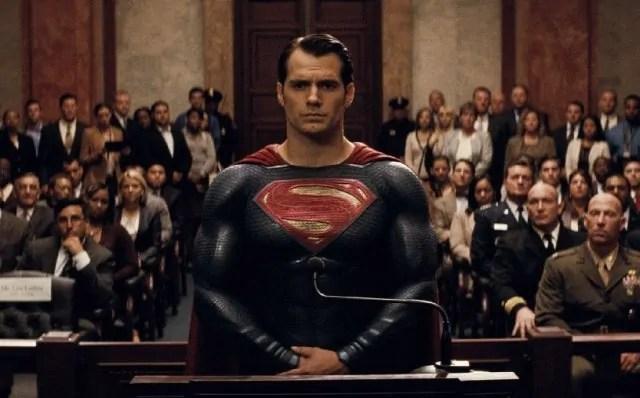 Superman al centro del nuovo eroico banner di Justice League
