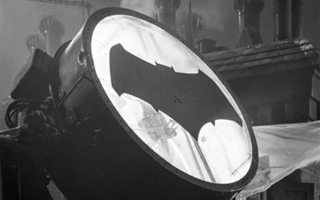 [Justice League] Ben Affleck è Batman nel motion poster