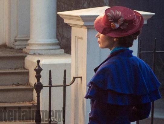 Da #EntertainmentWeekly un primo sguardo ad #EmilyBlunt in #MaryPoppinsReturns