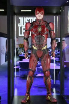 justice league foto licensing expo las vegas