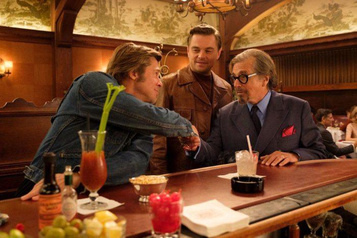 Leonardo DiCaprio e Brad Pitt nelle prime foto ufficiali di C'era una volta a Hollywood