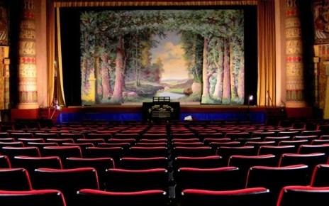 Netflix sorprende tutti e acquista l'Egyptian Theatre di Los Angeles