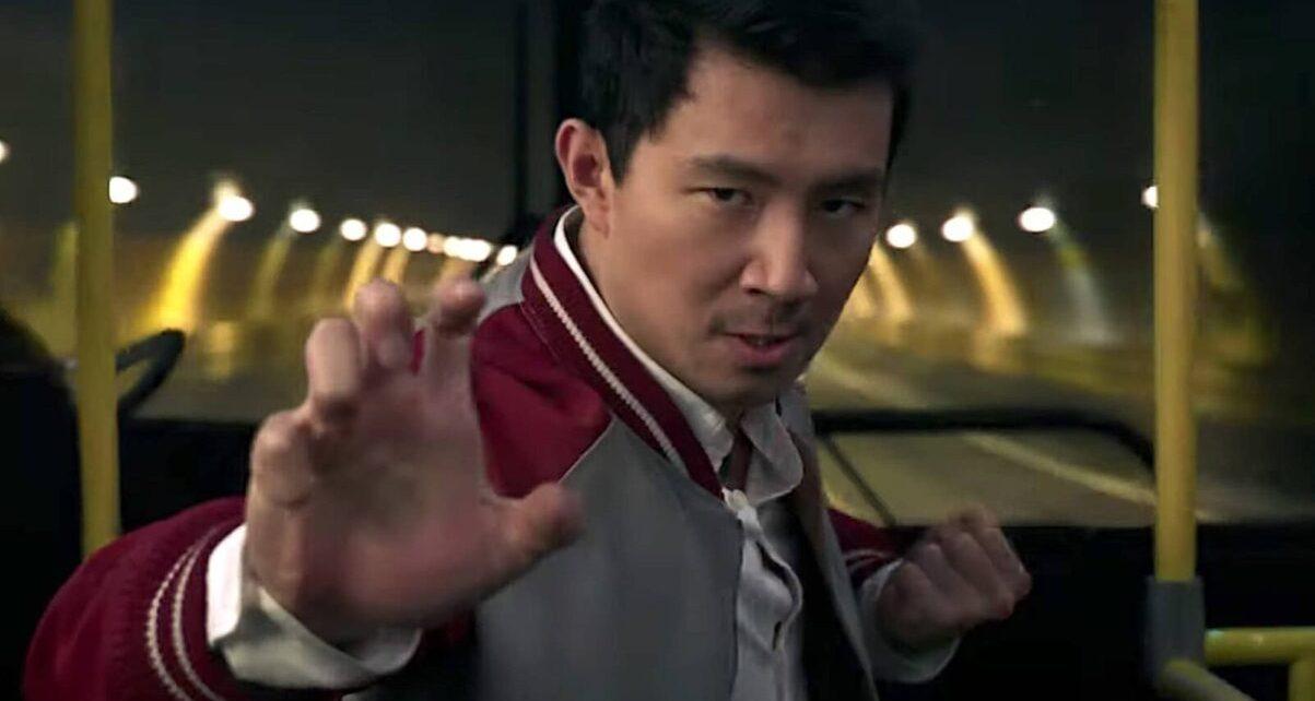shang-chi e la leggenda dei dieci anelli poster imax