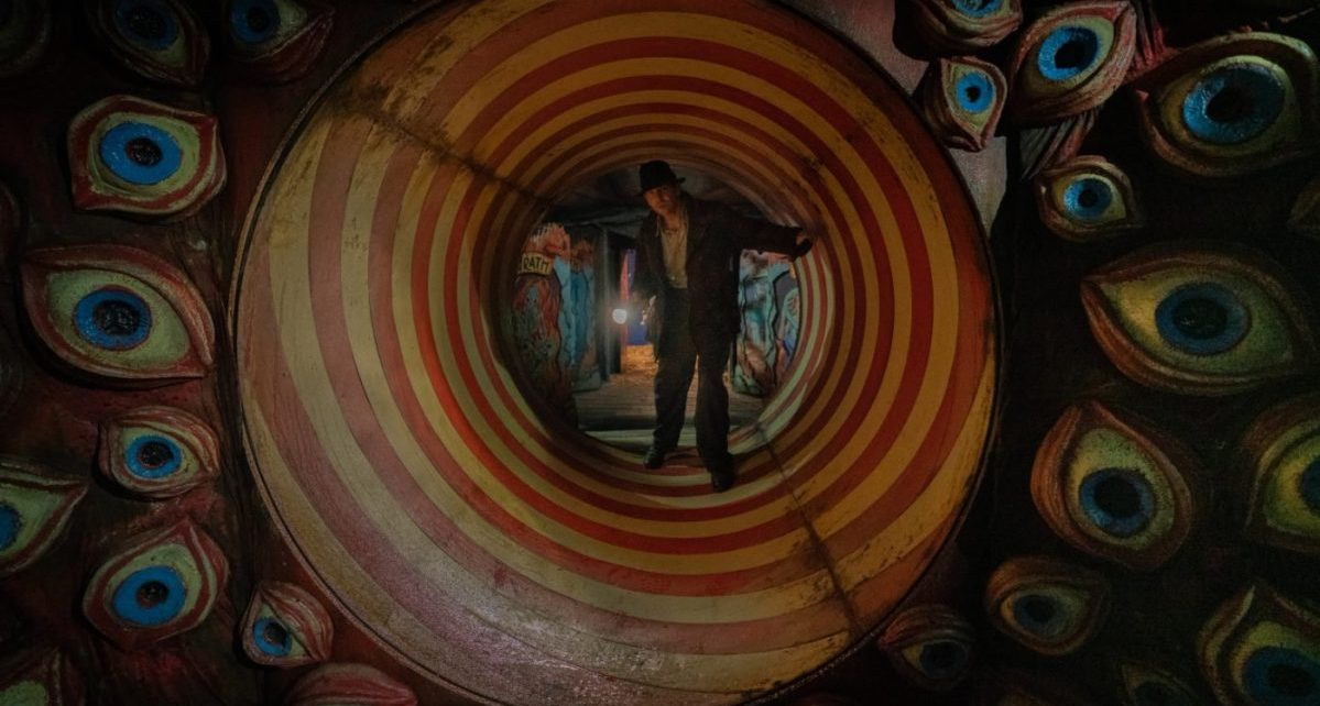 nightmare alley film teaser trailer