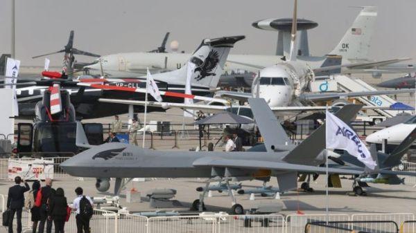 dubai air show plane