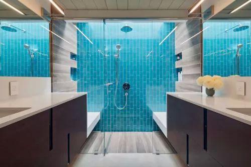 جددي حمامك باختيار دش حمام عصري