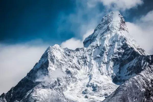 جبل أما دابلام من اجمل جبال العالم