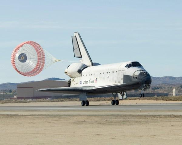 Shuttle Landing: Beautiful; Progress Docking: Last-Minute ...