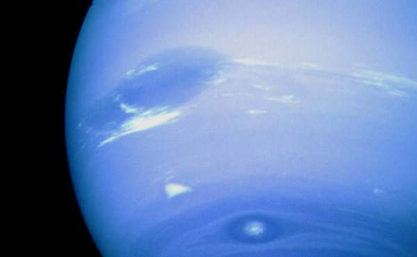 What Is The Surface of Neptune Like Universe Today