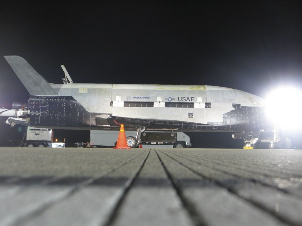 Gallery X37B Space Plane Returns to Earth Universe Today