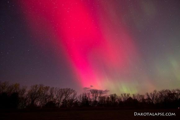 aurora very dark red - photo #4