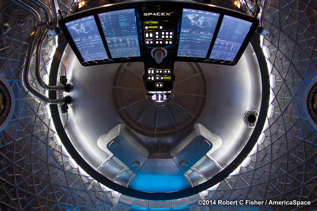 inside spacex mars mission spacecraft-#38