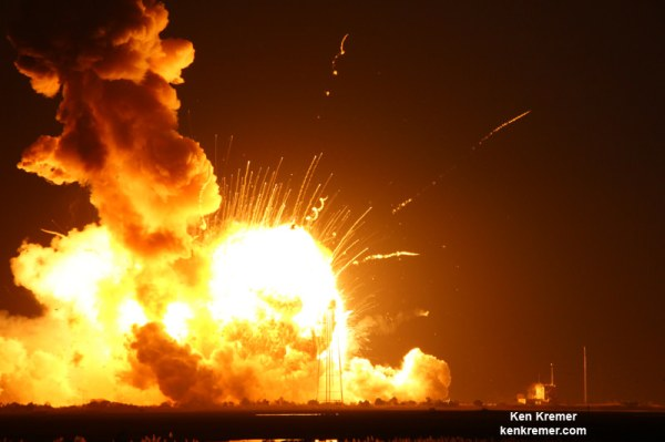 Antares Launch Calamity Unfolds - Dramatic Photo Sequence ...