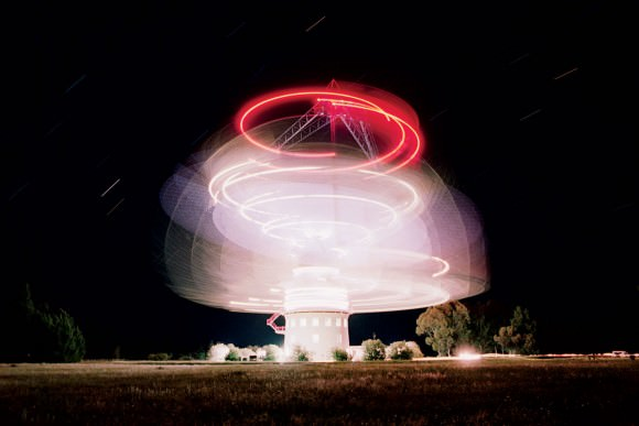 The Parkes Telescope in New South Wales, Australia. Credit: Roger Ressmeyer/Corbis
