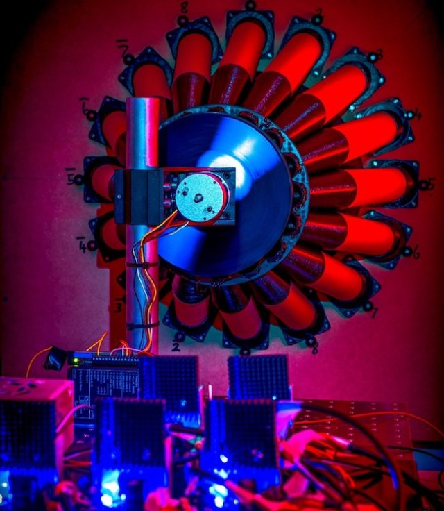 The device in the team's lab. Image Credit: Cromb/University of Glasgow.