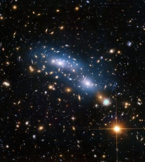 By Measuring Light From Individual Stars Between Galactic Clusters, Astronomers Find Indications Of Dark Matter