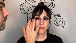 Ojos-ahumados-universidad-de-la-imagen-cursos-peluqueria-online