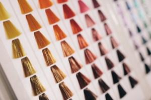 colorimetria-universidad-de-la-imagen-cursos-peluqueria-online