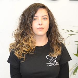 metodo-curly-cabello-ondulado-universidad-de-la-imagen-cursos-peluqueria-online