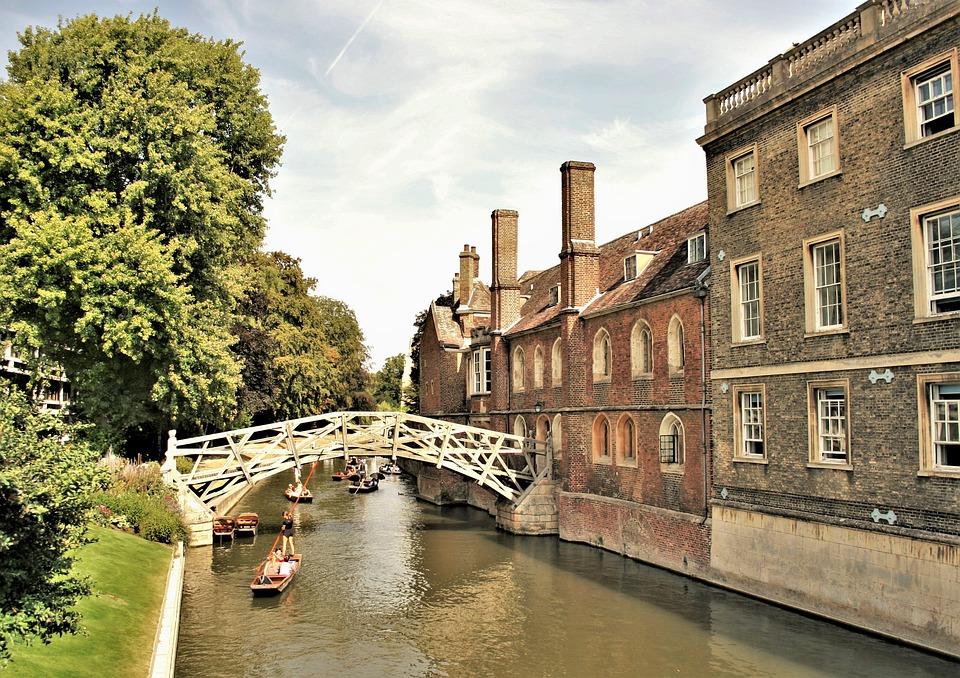 Universidade-de-Cambridge