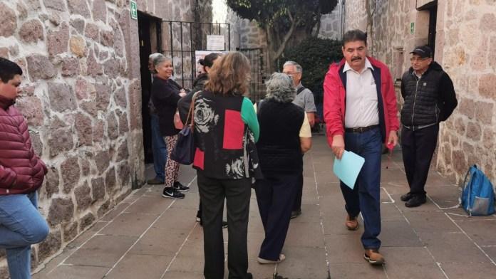 El movimiento en las oficinas de la tesorería de la Universidad Michoacana, se incrementó ante el proceso de afiliación que lleva a cabo el STUMICH.
