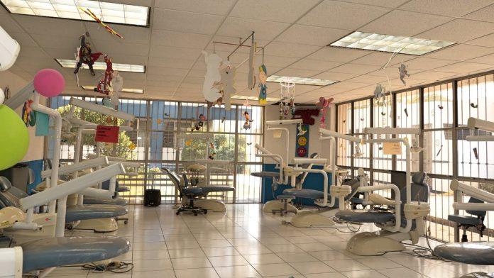 Unidades clínicas, Facultad de odontología, se prevé el uso controlado y escalonado