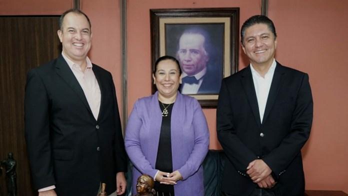 La educación, diivulgación y vinculación en el tema de los derechos humanos, fortalece a todos: Cárdenas Navarro