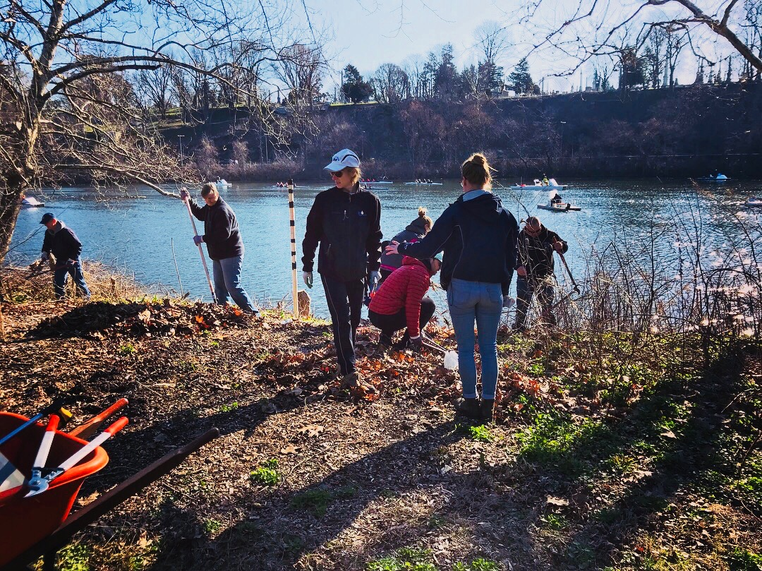 Philadelphia sculling club learn to row old