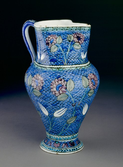 Jug with flowers, Iznik, c. 1530-1550, fritware with polychrome underglaze painting, EAX.3272, Ashmolean Museum of Art and Archaeology