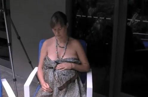 mamma aspetta dare alla luce bimba