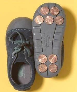 scarpette da tip tap realizzate con monetine