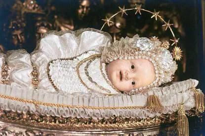 statua di Maria bambina